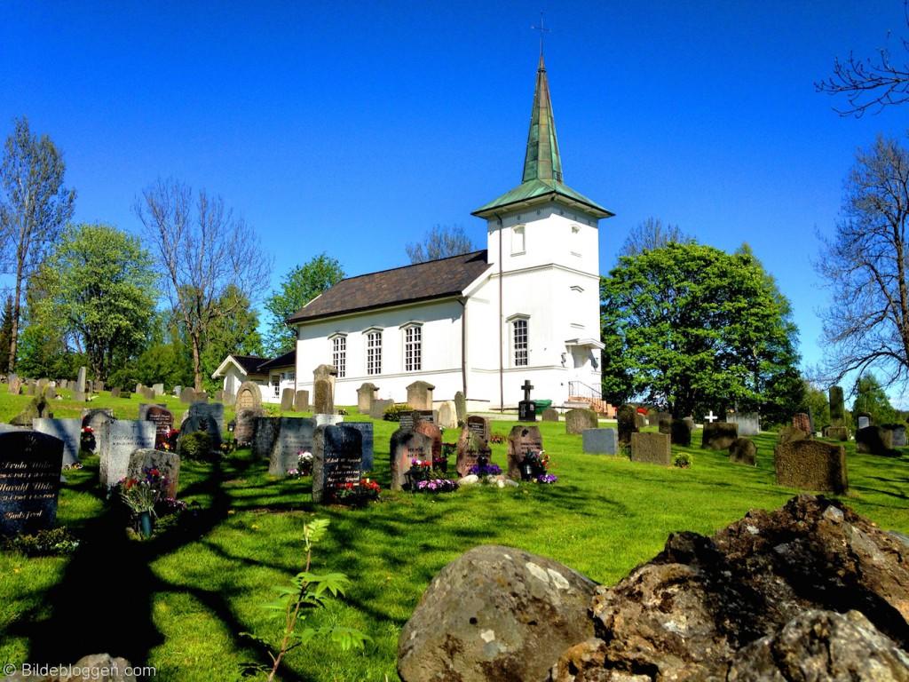 Konnerud-gml-kirke