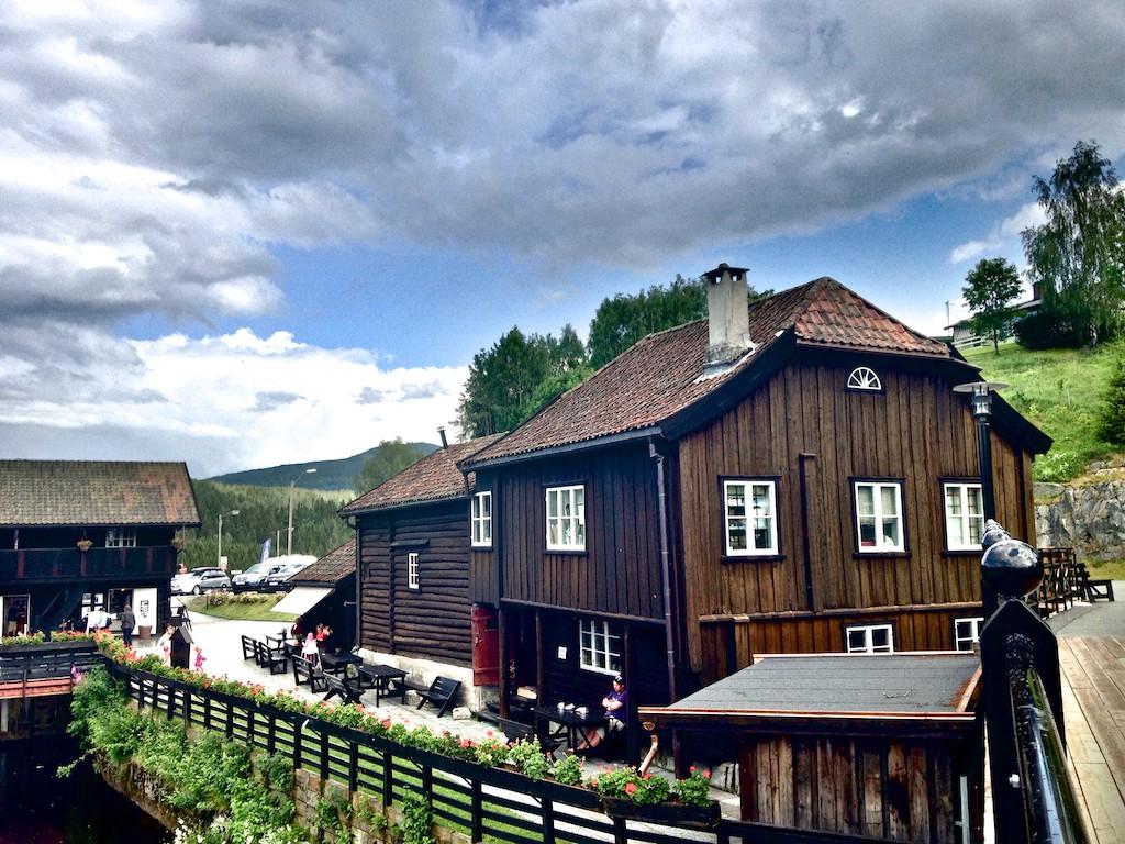 Blaafarveværket - Haugfoss