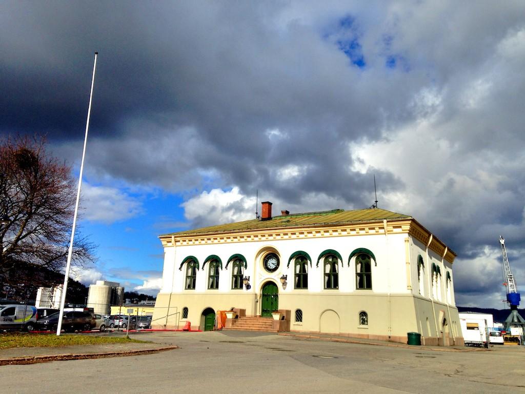Gamle tollboden i Drammen,Drammen havn