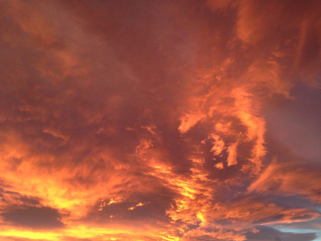 Himmel i brann